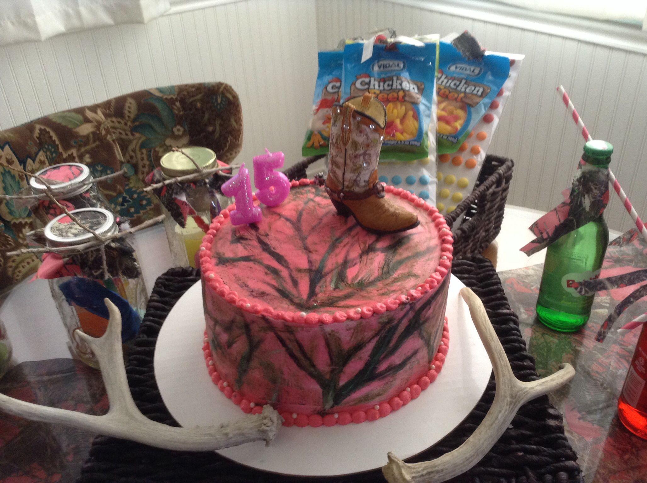 Mossy Oak Pink Camo Daughters bday cake | Birthdays | Pinterest ...