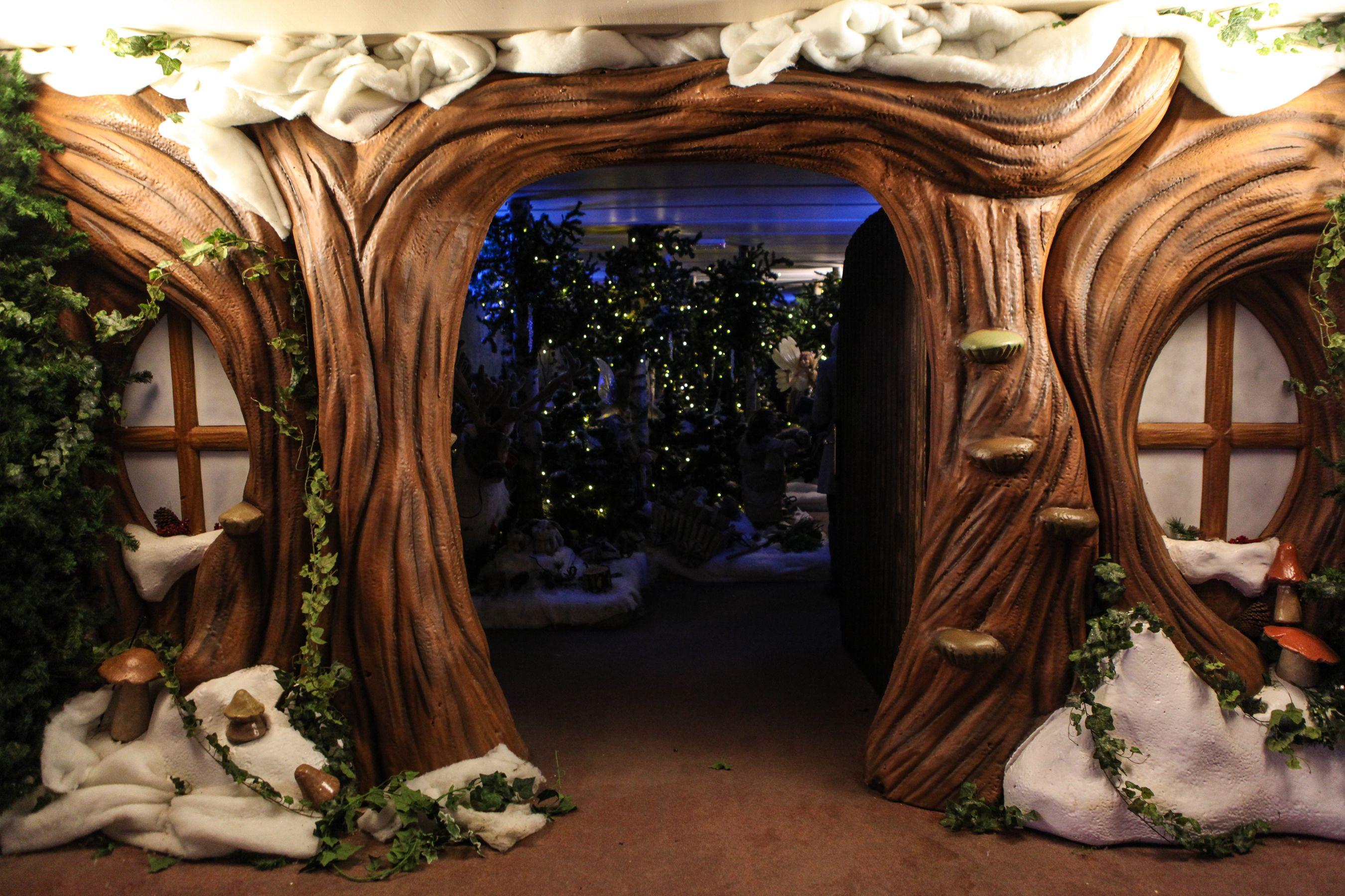 Enchanted forest winter wonderland pinterest forest for Enchanted forest bedroom ideas