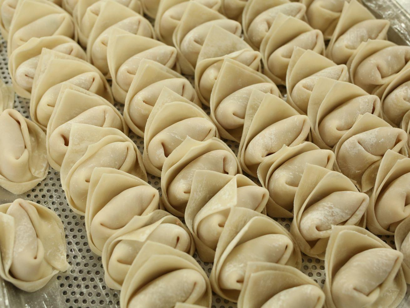 how to cook frozen dumplings in pan