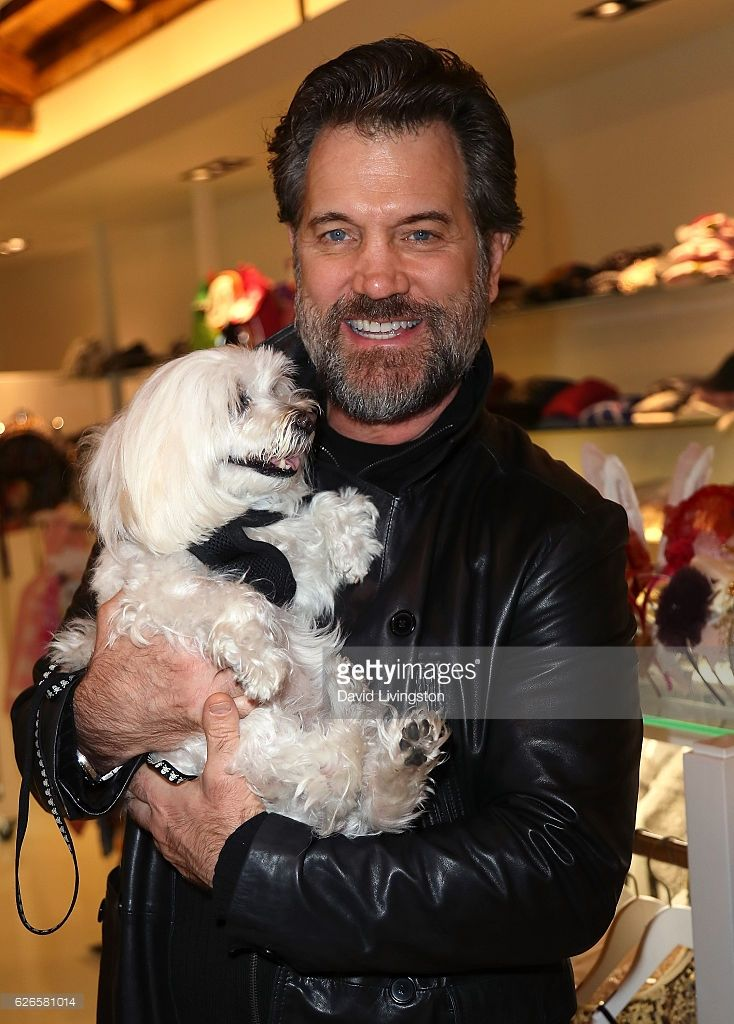 Artists With Animals in 2019 | Chris Isaak | Chris isaak, Animals