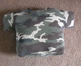 By Your Hands: Let's Make a T-Shirt Pillow!