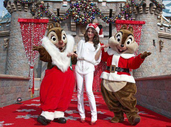 What Are You Doing This Christmas Selena Gomez Photos Selena