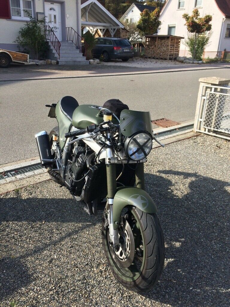 Cafe Racer Suzuki Gsxr 750 in Baden-Württemberg