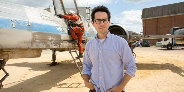 JJ Abrams May Be More Important To Star Wars' Future Than We Thought image