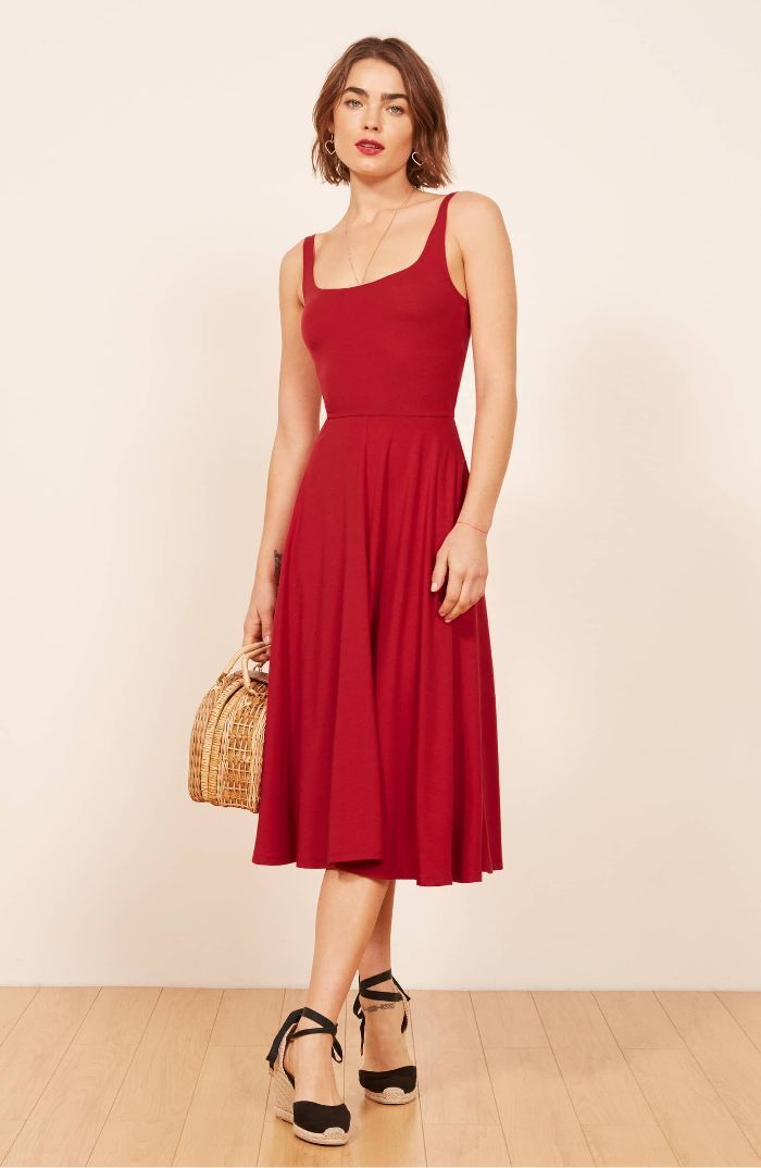 Skip the embellished frocks and pick simple dresses instead. Not only are they easier to wear, but t...