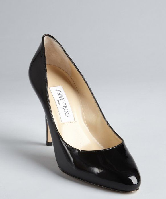 Jimmy Choo : black patent leather tapered round toe 'Vikki' pumps : style # 326460601