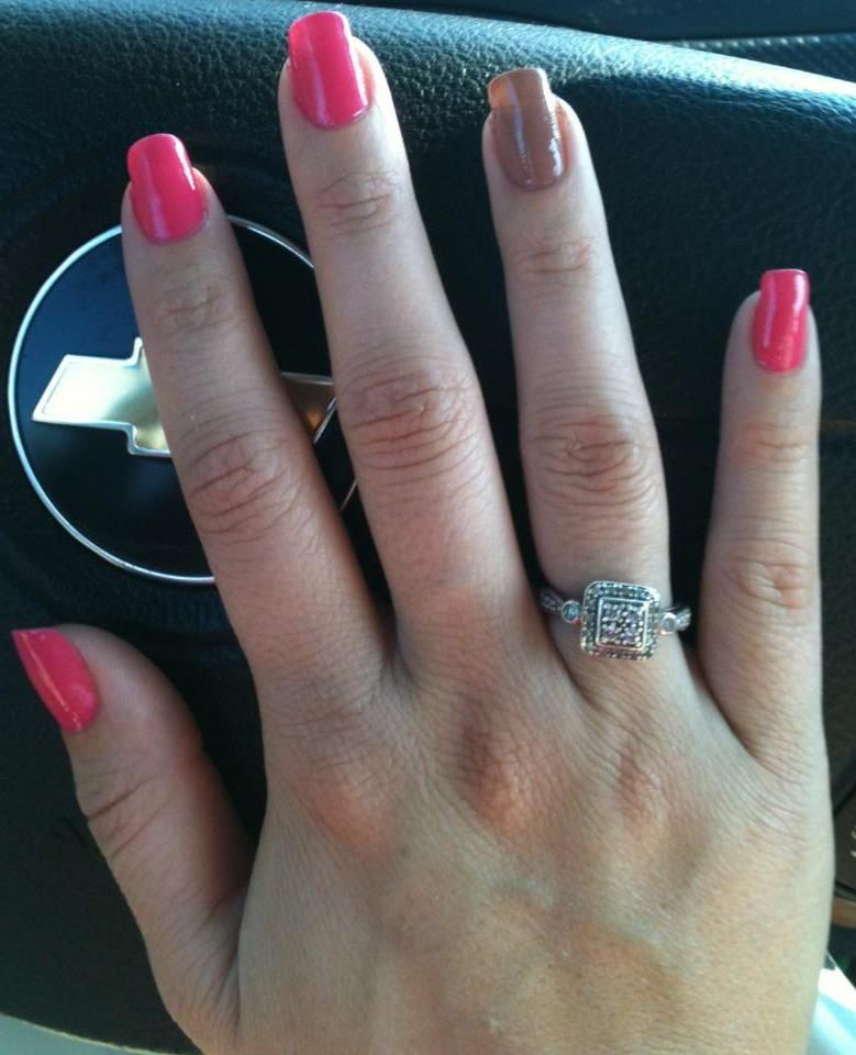 I always like to add an accent nail...