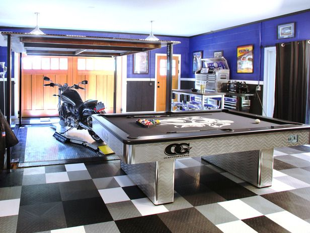 Man Cave Garage Gifts : Best celebrity man cave makeovers vehicle lift men and