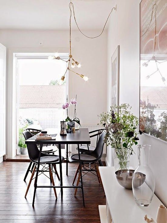 Dining Rooms Hooked Pendant Lighting Ceiling Hooks Provide A Simple Yet Visually Appealing So Stylish Apartment Modern Dining Room Dining Room Inspiration