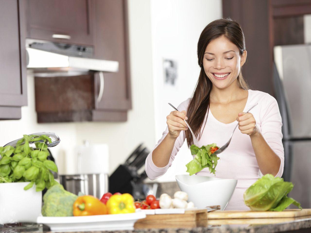 7 dicas para não sair da dieta quando você mora sozinho