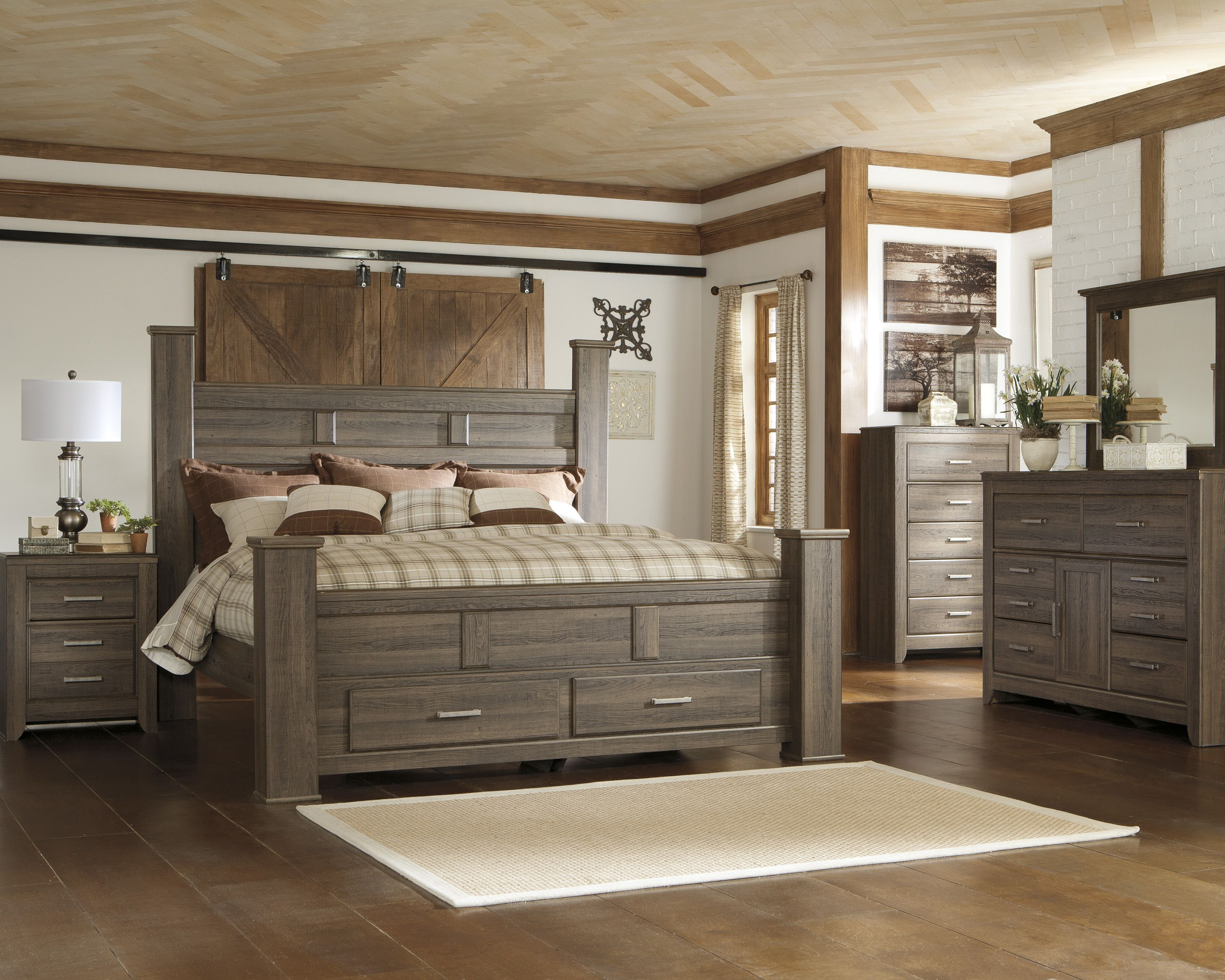 The Juararo Has An Option For A Storage Footboard In The Poster Bed Ashley Furniture Bedroom King Bedroom Sets Bedroom Set