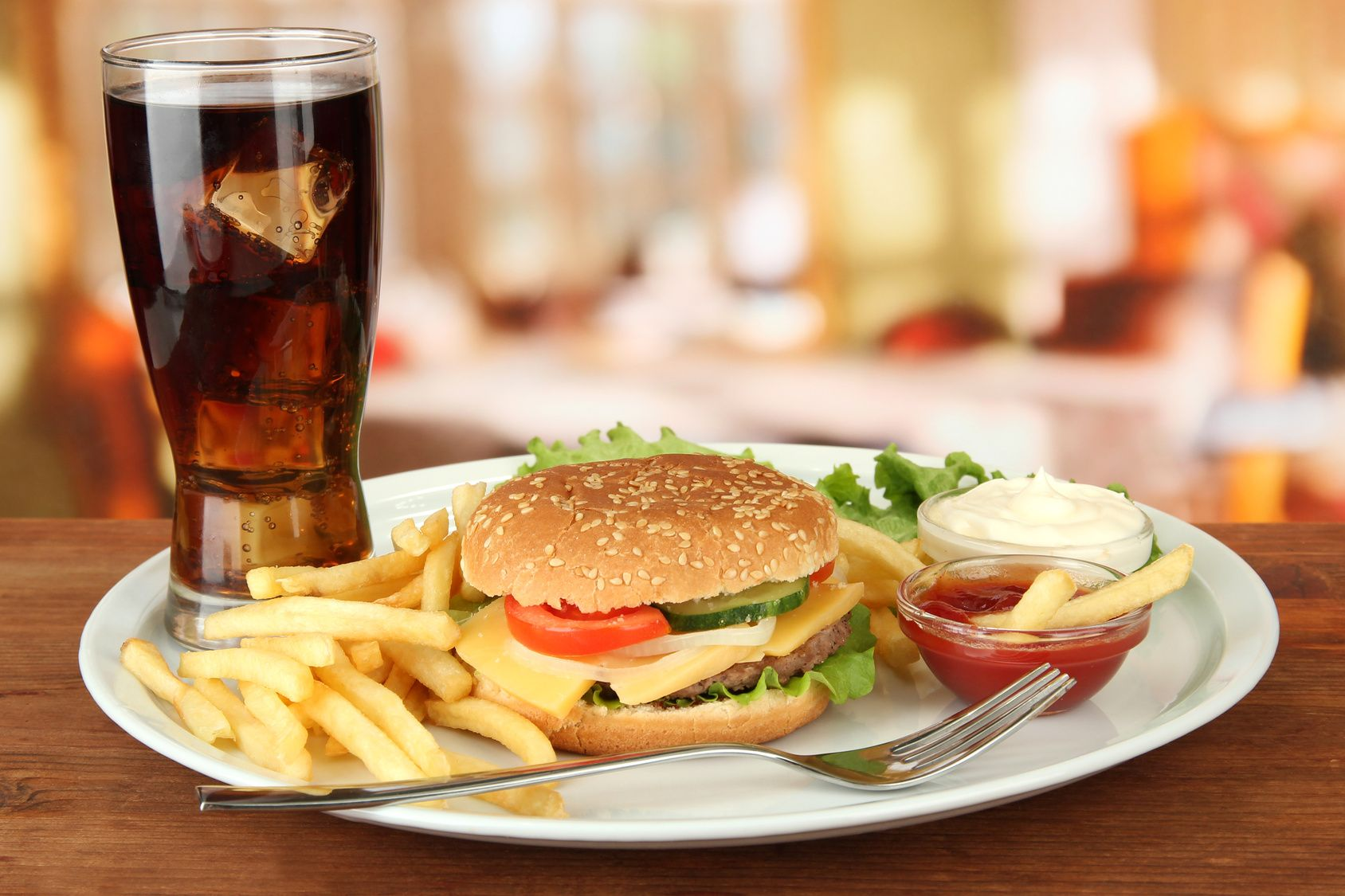 Did You Know Having Hot Food With Cold Drinks May Damage