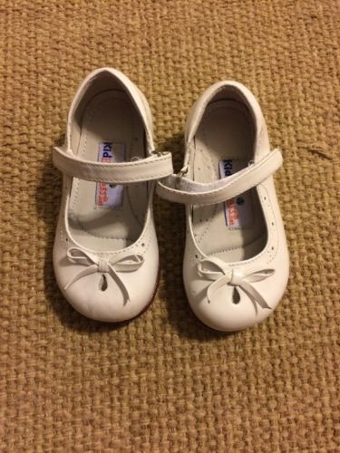 Approx Size 5 Kid Express White Toddler Girl Dress Shoes