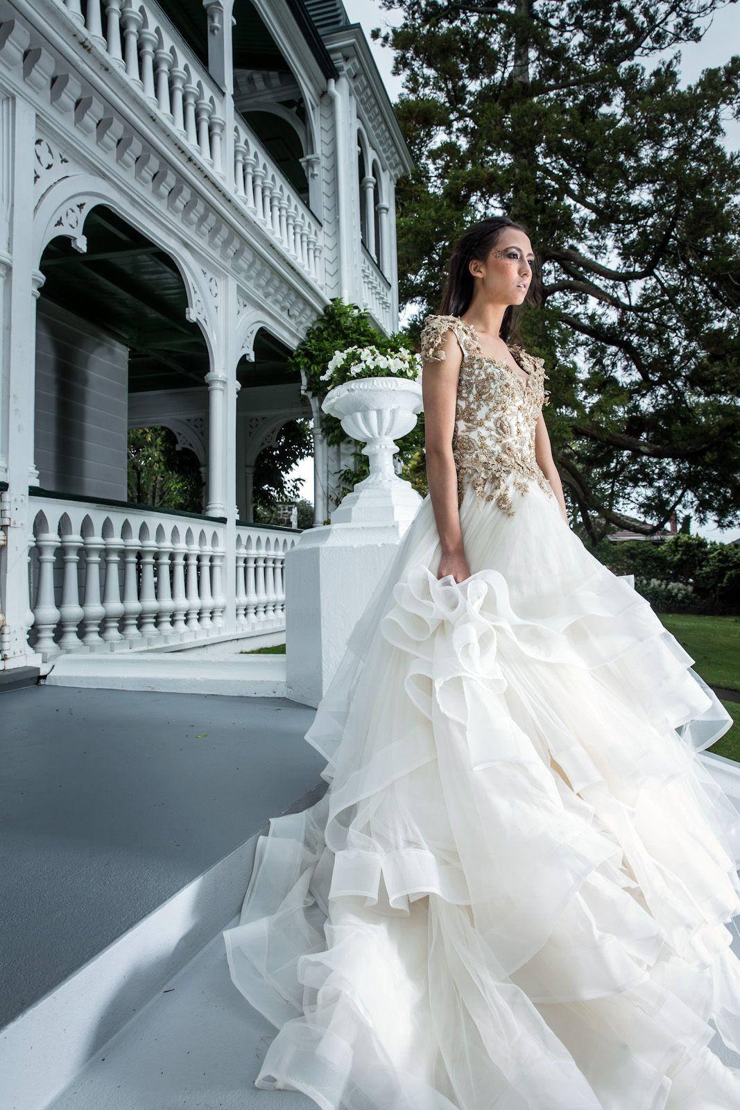 uks leading bridal designer - HD1067×1600