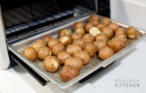 Toaster Oven Roasted Potatoes Tiny Urban Kitchen Toaster Oven Recipes Oven Recipes Convection Oven Recipes