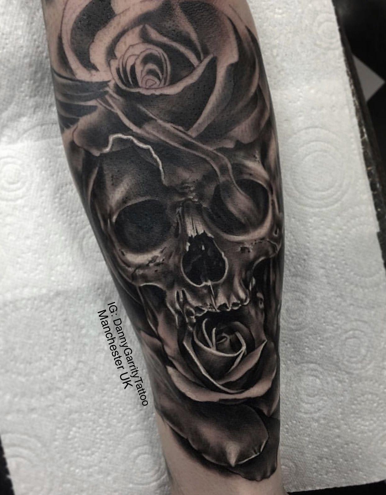 Skull And Rose Men S Forearm Tattoo Skull Rose Tattoos Tattoo Designs Skull Tattoo Design
