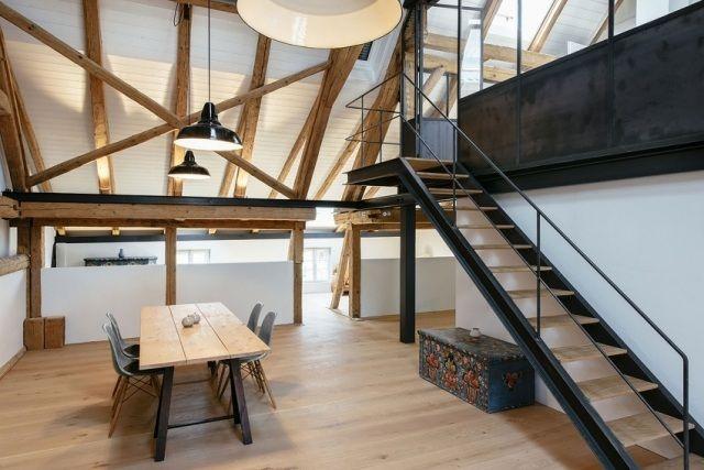 Innentreppe mit holz und stahl gestalten kernst ck der dachwohnung haustraum pinterest - Dachwohnung gestalten ...