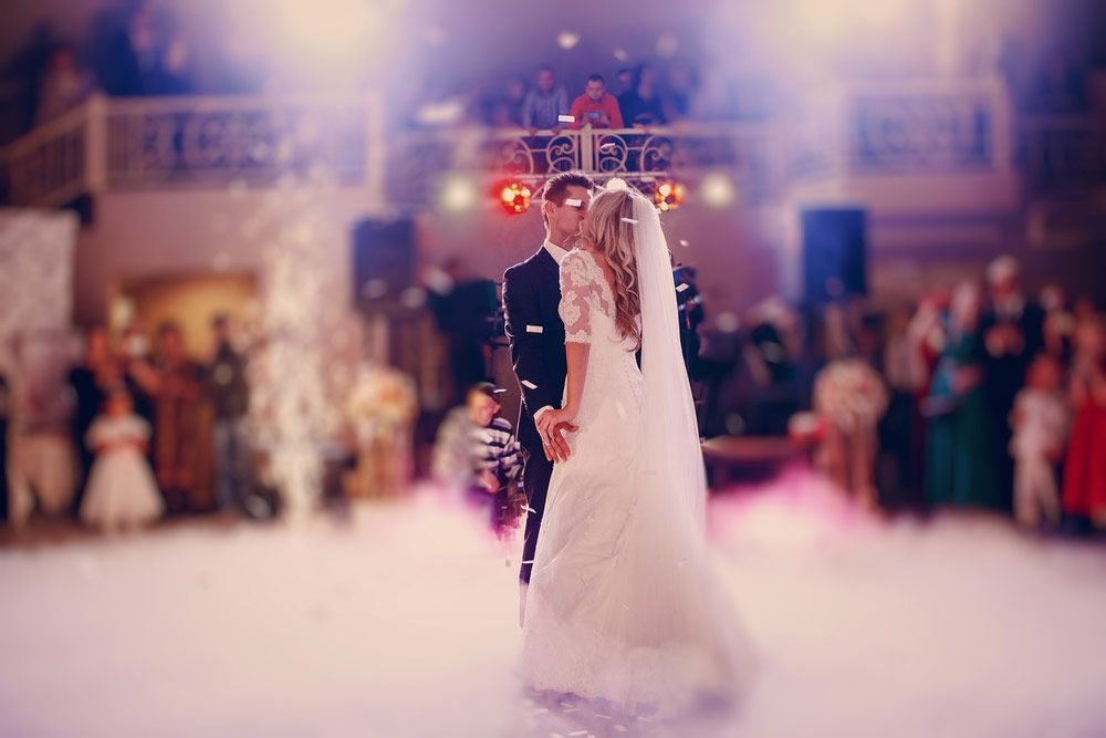 Wedding Dj Prices How Much Does A Cost What Is The Average
