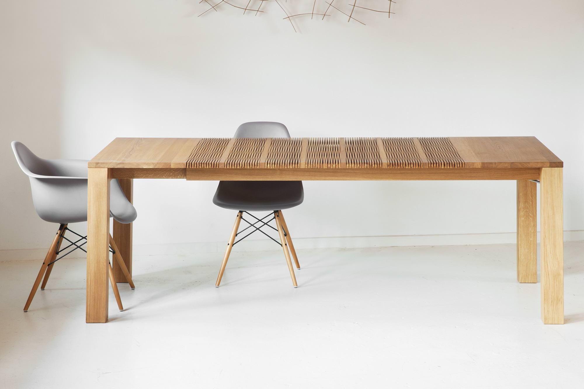 Mit einem Holztisch aus der «Lignum Arts Kollektion» können Sie die ...