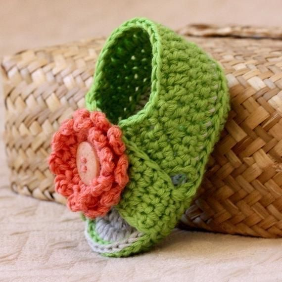 75d533f6f12ab Crochet PATTERN for baby booties - Cross Strap Baby Sandals ...