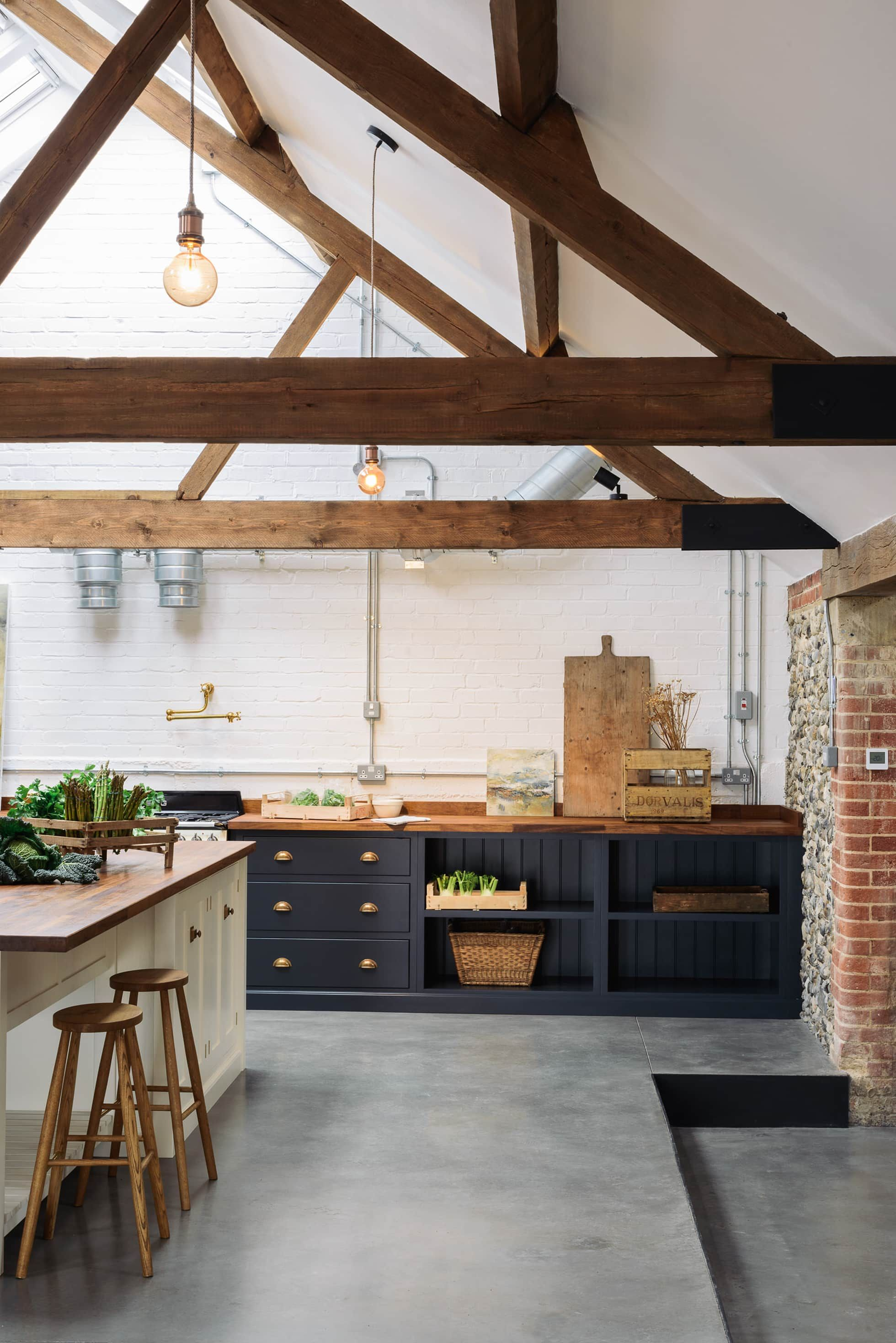 Kitchen Design Norfolk: The Cattle Shed Kitchen, North Norfolk Country Style