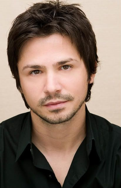 Hairstyles For Men With Round Faces Cool Freddy Rodriguezi Don't Even Care I'm Like 4 Inches Taller Than