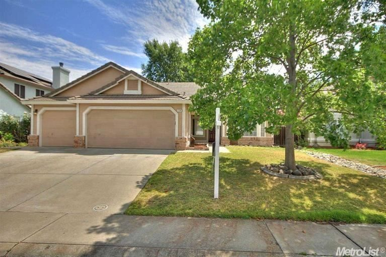 1294 Canevari Dr Roseville Ca 95747 Desirable One Story W 3