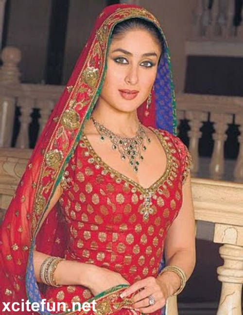 Bollywood Brides Actresses In Bridal Dress Kareena Kapoor Wedding Dress Kareena Kapoor Wedding Bollywood Bridal