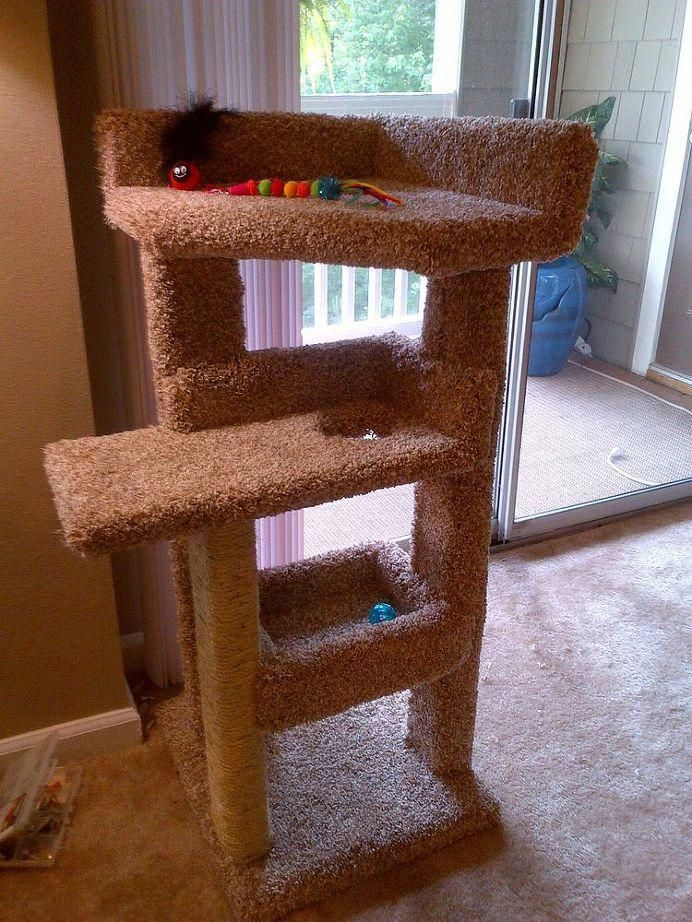 How To Make A DIY Cat Scratching Post Diy cat scratching