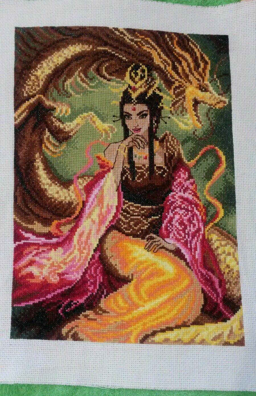 Принцесса и дракон. Вышивка крестом.