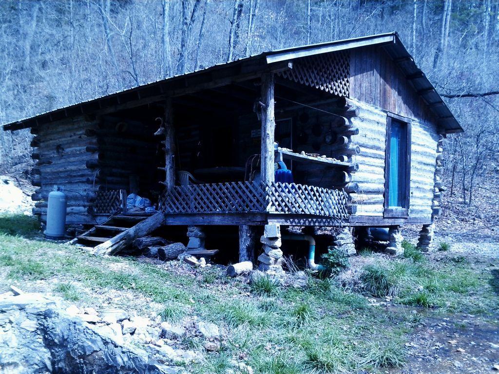 Buffalo River Club   Jasper, Arkansas   Cave Cabin Our Neighbor. This Cabin  Is