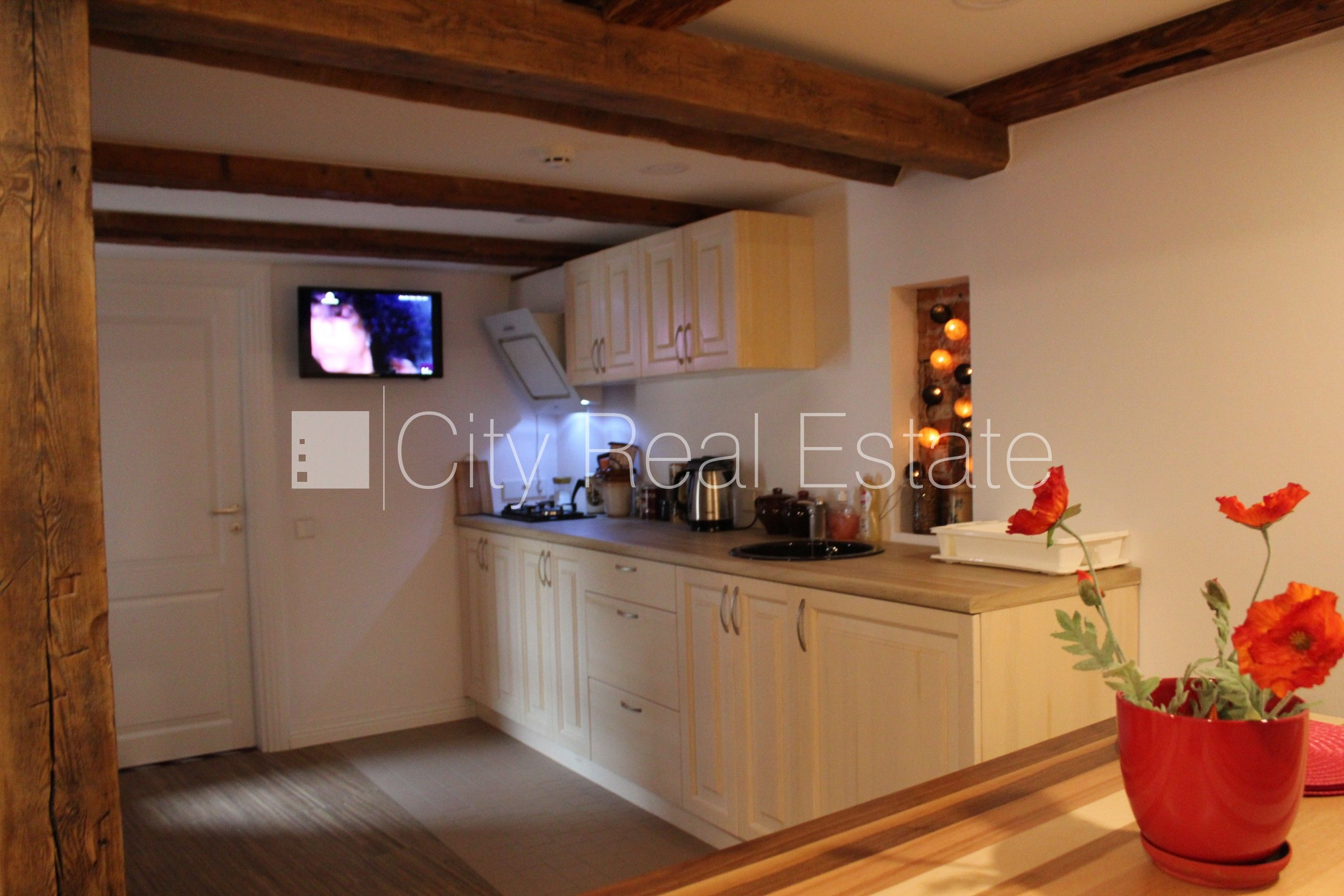 Apartment for rent in Riga, Vecriga (Old Riga), 80 m2, 1800.00 EUR