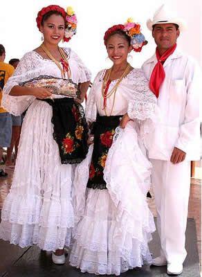 Vestimenta tradicional Jarocha, Veracruz México.