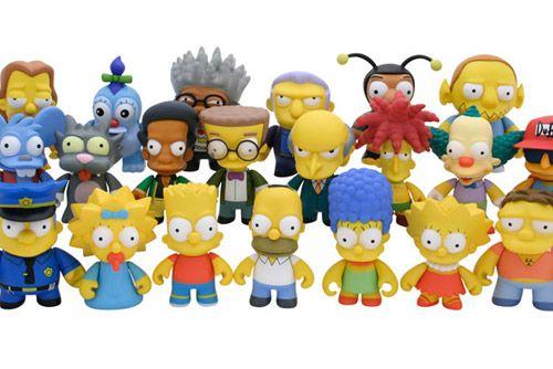 Surly Duff Simpsons 3 Inch Figurine Kidrobot  LIBERTY Toys