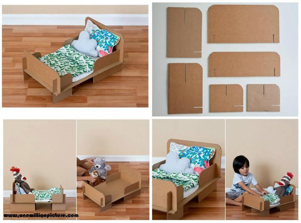 lit en carton pour poup e carton pinterest carton et lits. Black Bedroom Furniture Sets. Home Design Ideas