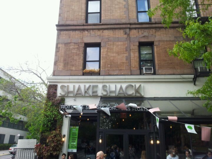 Shake Shack in New York NY try   special cheese fries cheeseburger smoke #cheese #cheeseburger #fries #shack #shake #smoke #special