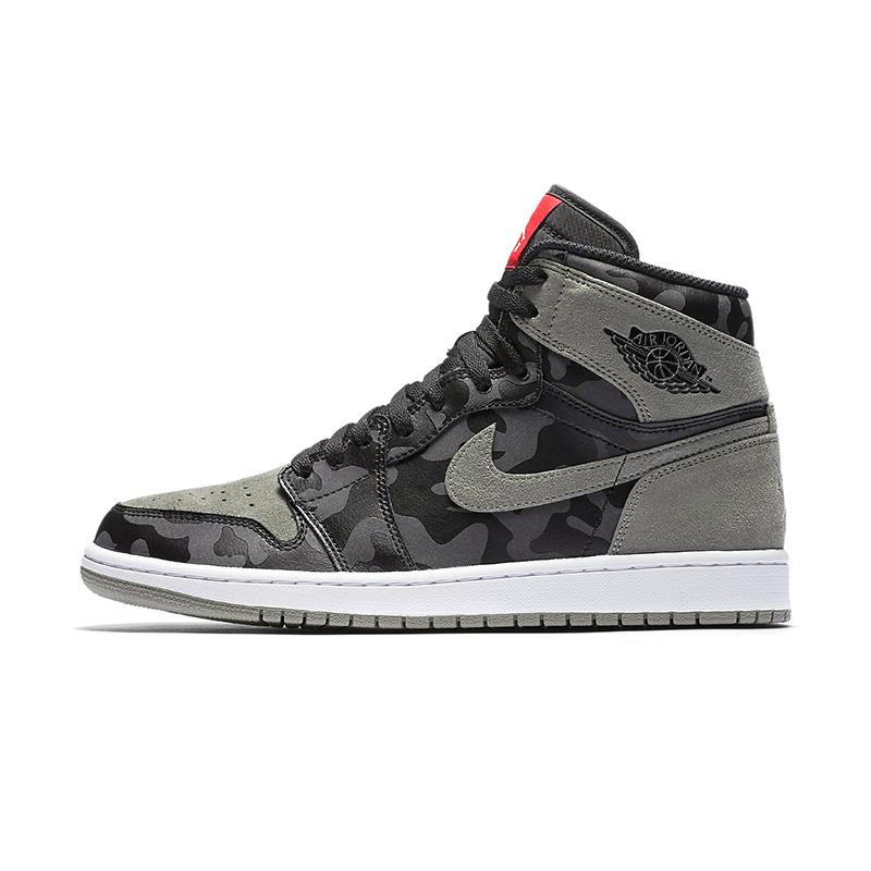 huge selection of 4f3d0 42625 Air Jordan 1 Retro High Premium Mens Shoes