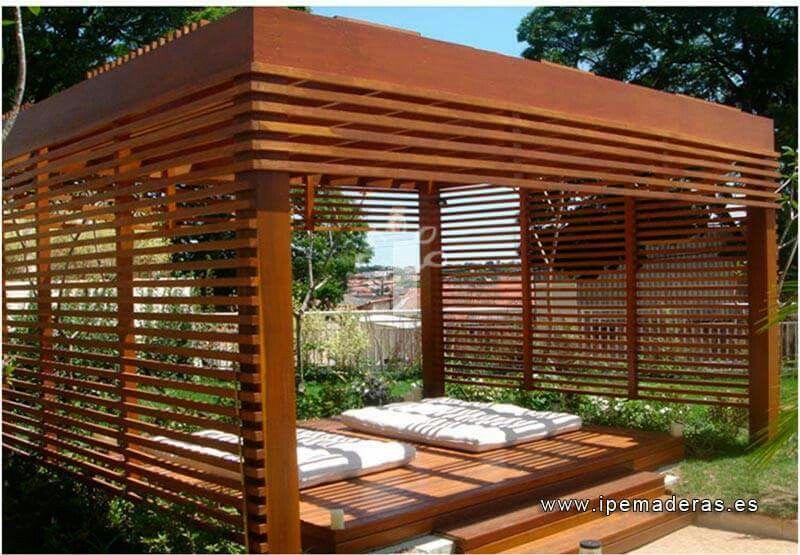 Pergolas y quinchos estructuras de fierro y maderas for Jardin al aire libre de madera deco