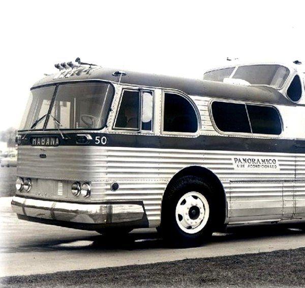 SENCILLAMENTE IMPRESIONANTE Autobuses Santiago - Habana de la decada del 50 #Cuba #CubaArchivo ¿Y ahora?