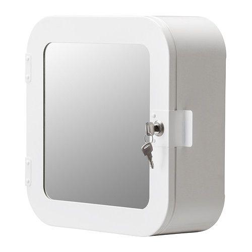 IKEA - GUNNERN, Lukittava kaappi, valkoinen, , Ovi voidaan asentaa joko oikea- tai vasenkätiseksi.Lukittava. Mukana vara-avain.Korotettujen reunojen ansiosta tavarat pysyvät hyvin hyllyillä.