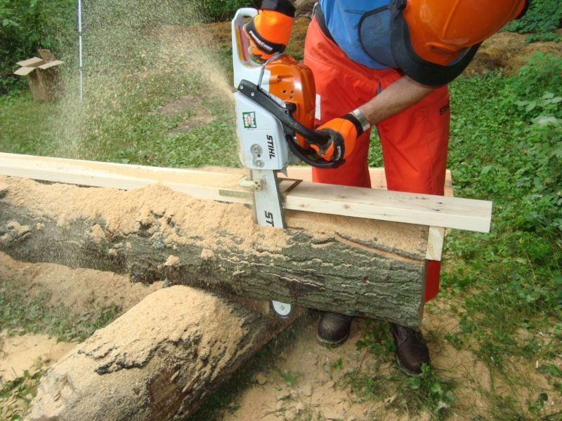 Haddon lumbermaker lm chainsaw mill