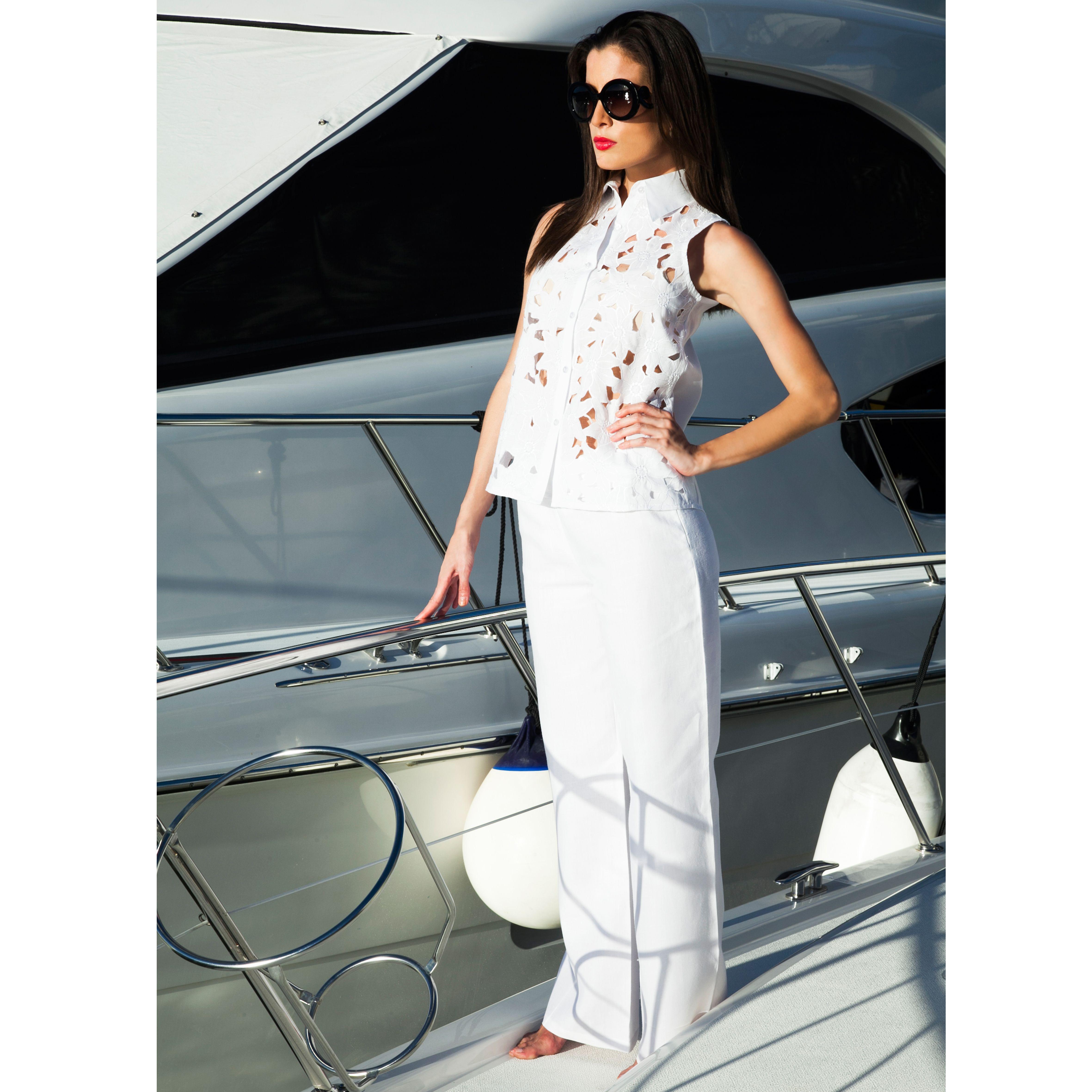 #LookDeLaSemana Total white para tener una semana con frescura y elegancia  #GriseldaTovar #Moda #Mujeres #ClothingVintage