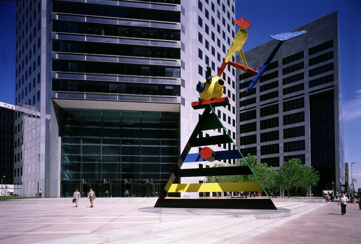 Jpmorgan Chase Tower Houston Properties Hines Jpmorgan Chase Tower Office Tower