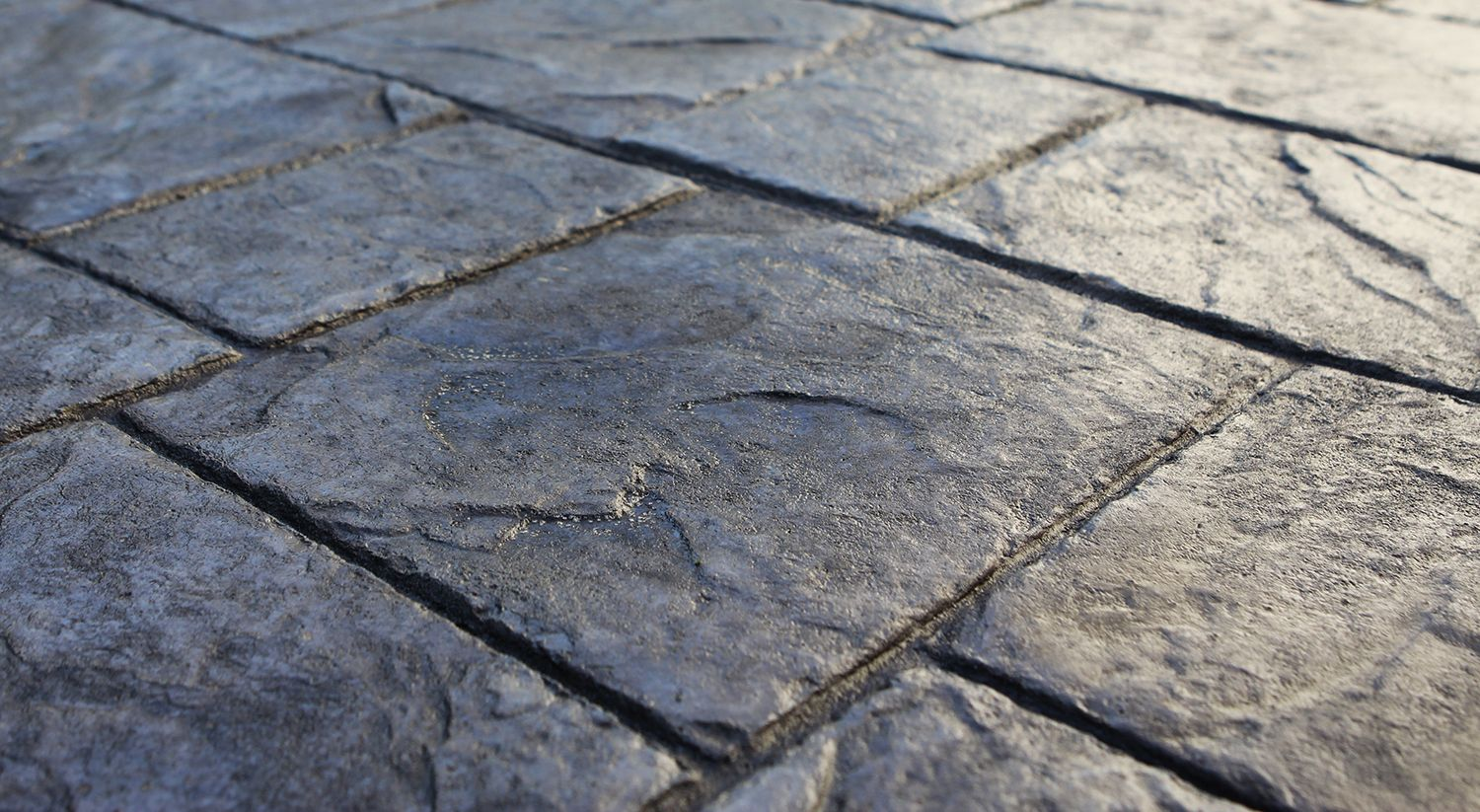 Fantastic Stamped Concrete Vs Pavers For Modern Outdoor Design Magnificent Stamped Concrete Vs Pavers For Modern Out Outdoor Design Modern Outdoor Paver Patio