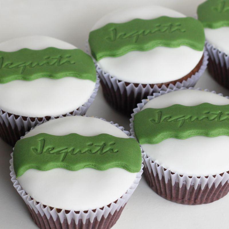 cupcakes personalizados para o aniversário de 7 anos da Jequiti #cupcake #jequiti