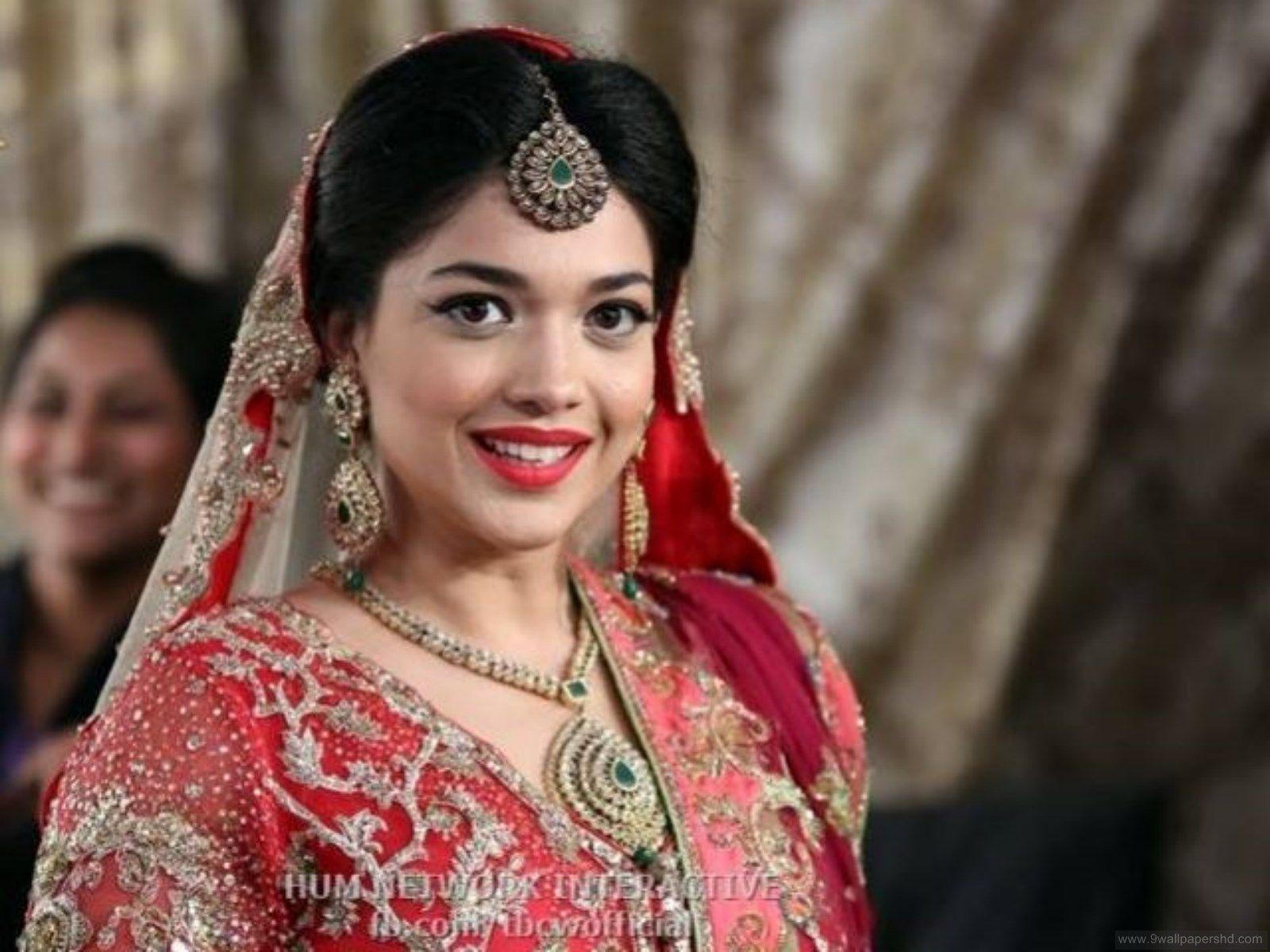 Sanam Jung Wedding Pictures 9 Wallpapers Hd Bridal Couture Week Bridal Photoshoot Bride Portrait