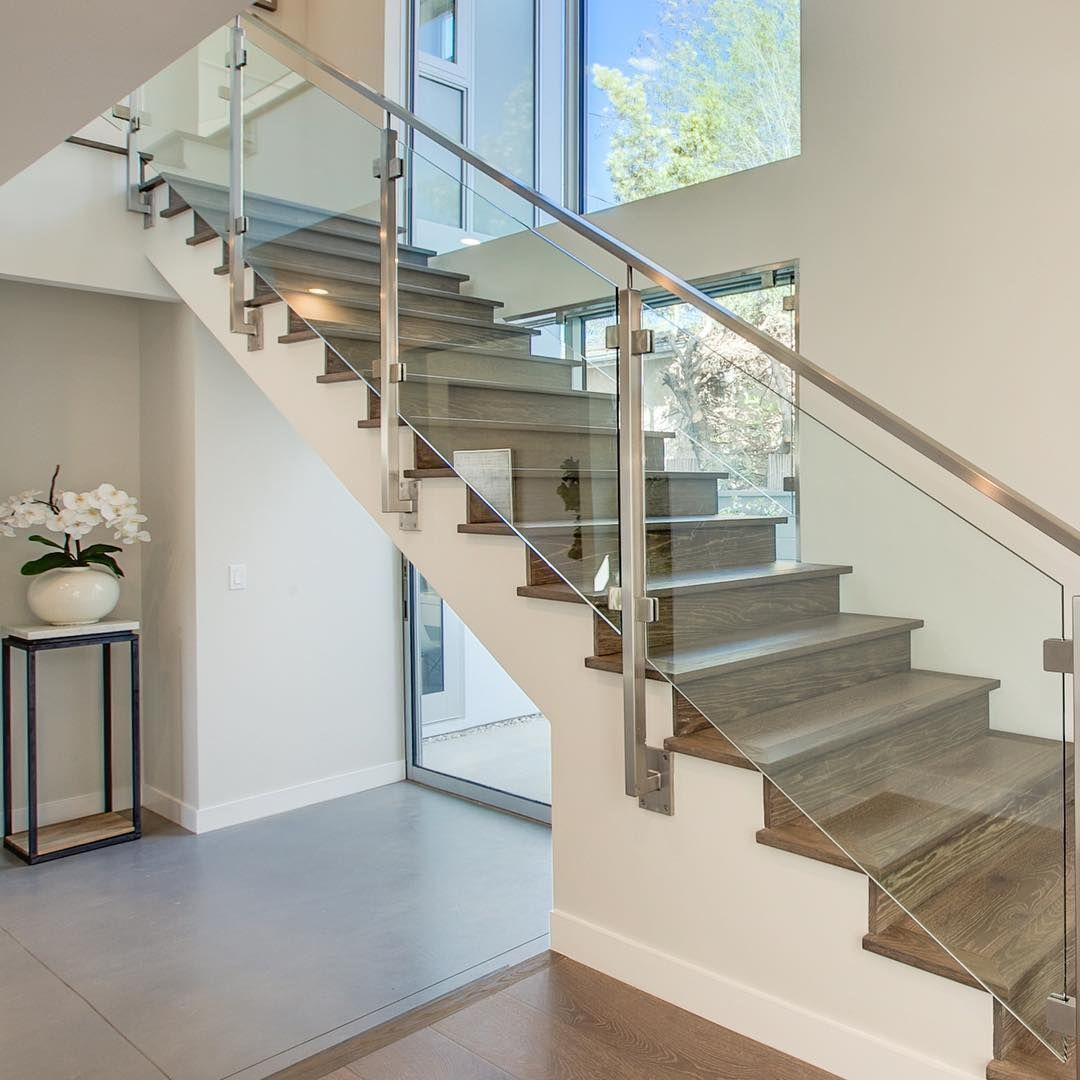 Best Construction Jobs Near Me Modern Staircase Residential 400 x 300