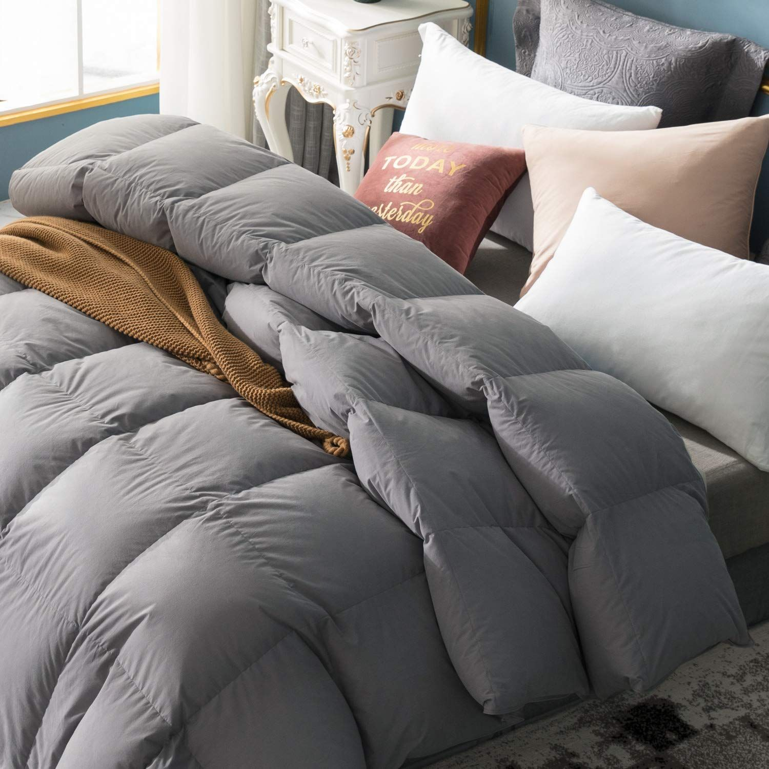Globon Fusion White Goose Down Comforter King Size 60oz Fill