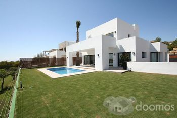 Construcci n casa mediterranea moderna chicureo santo for Casa moderna mediterranea