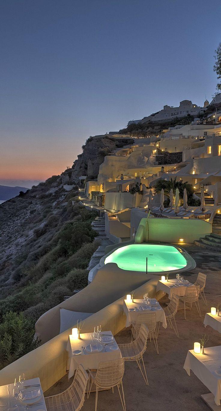 Mystique hotel - Santorini, Greece. Situé sur les falaises les plus célèbres ... - #célèbres #falaises #Greece #hotel #les #Mystique #Santorini #Situé #sur